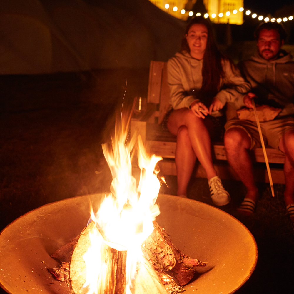 camp fire glamping
